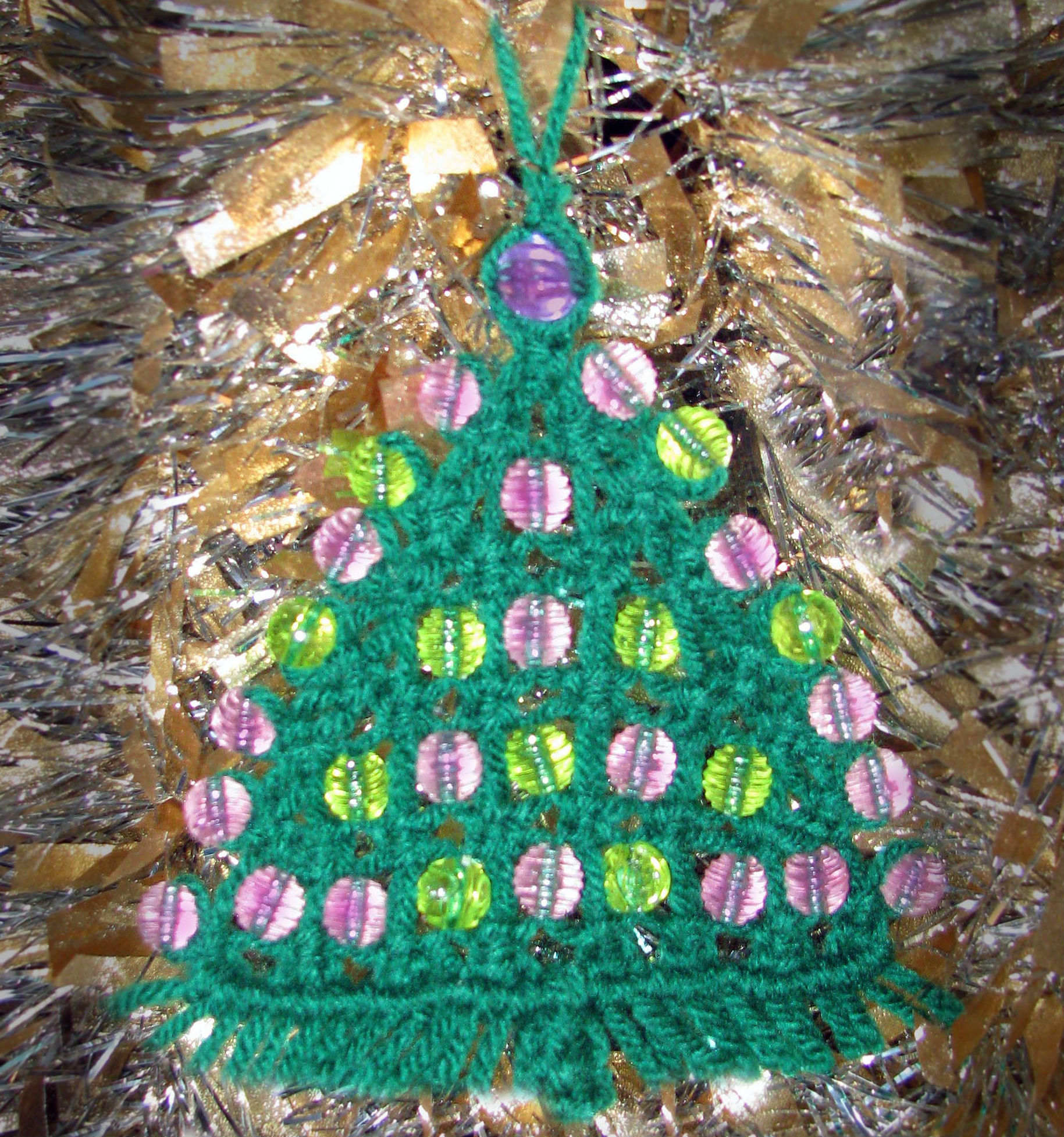 macrame christmas tree beads