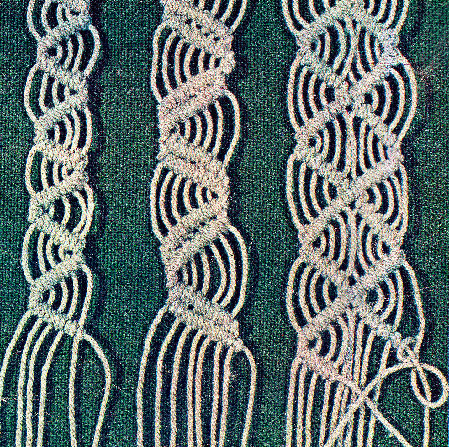 macrame double half hitch pattern